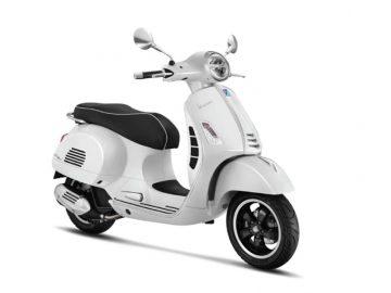 Vespa GTS 150 White Innocenza