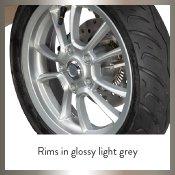 Rims in glossy light grey